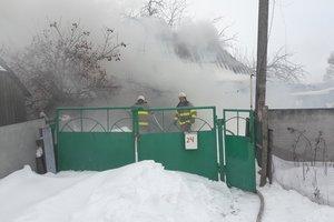 Под Киевом в пожаре погибли два человека