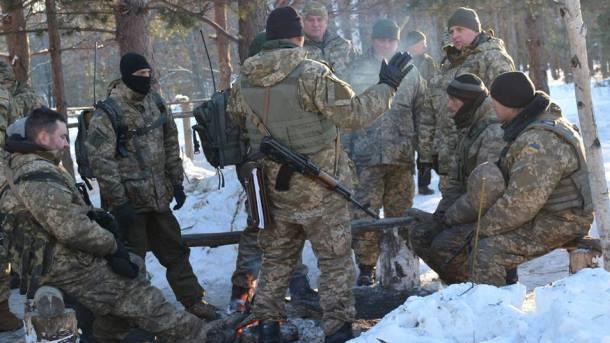 Главком ВСУ поведал о военных потерях столицы Украины вДонбассе
