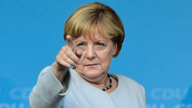 Меркель обвинила впроблемах сРоссией холодную войну