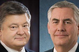 Порошенко обсудил с Тиллерсоном российскую агрессию и санкции
