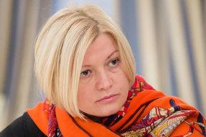 Геращенко рассказала о разруденных за две недели обстрелов домах на Донбассе
