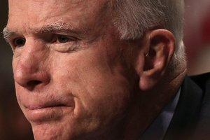 Маккейн: Россияне убивают украинцев каждый день