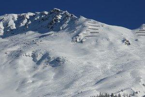 Три горнолыжника погибли в снежной лавине на границе Италии и Франции