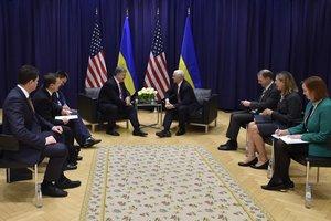 В Белом доме раскрыли детали переговоров Порошенко и Пенса