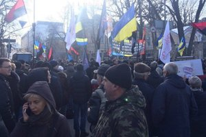 The rally in Kiev: protesters want to set up tents by the administration Poroshenko