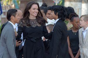 Анджелина Джоли призналась, что считает Брэда Питта прекрасным отцом