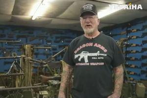 Самый вооруженный человек в мире: американец показал свой арсенал
