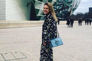 Супермодель Наталья Водянова в откровенном наряде с перьями отличилась на красной дорожке