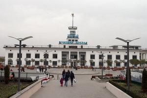 Речной вокзал в Киеве обновят уже к маю