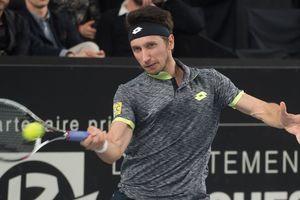 Сергей Стаховский покидает турнир в Марселе