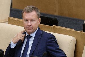 Беглый депутат Госдумы рассказал, зачем Путину нужна война против Украины