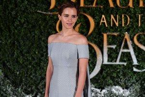 """Эмма Уотсон выглядела как принцесса на премьере """"Красавицы и чудовища"""""""