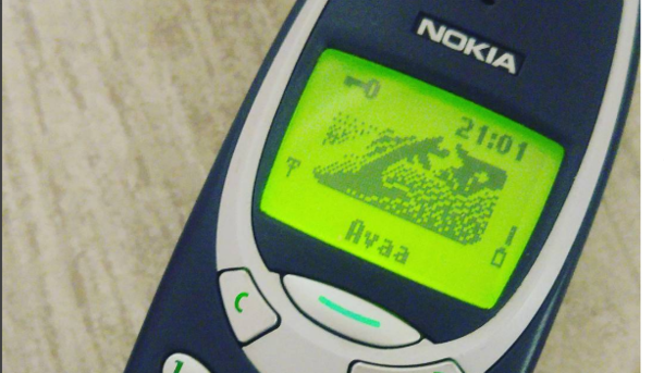 Усвежей нокиа 3310 будет культовый дизайн