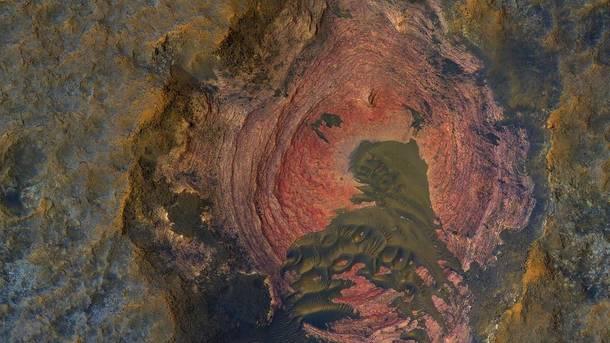 NASA поделилось фантастическим снимком поверхности Марса