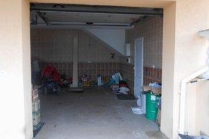 В Ровно жестоко избили и ограбили иностранца