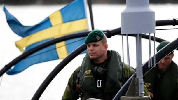 Швеция решила вернуть обязательный военный призыв из-за «активности России»