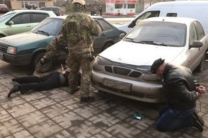 СБУ ликвидировала банду вымогателей в Славянске