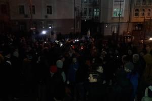 Активисты продолжают пикетировать Соломенский райсуд