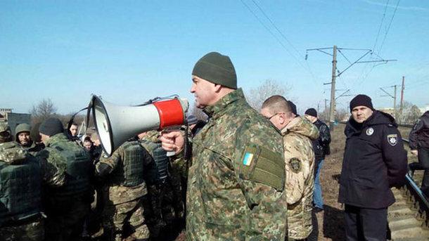 ВАвдеевке митингуют против блокады наДонбассе