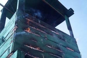 В Одесской области злоумышленники подожгли пограничную башню