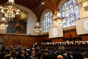 Порошенко рассказал, чего ждет от суда в Гааге против РФ