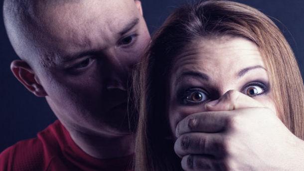 ВДнепре мужчина изнасиловал продавщицу шаурмы