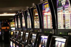 игровые автоматы симуляторы клубнички