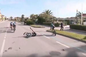 Велосипед развалился под гонщиком прямо на трассе