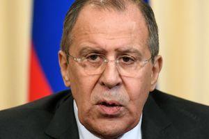 Россия не просит отменять санкции – Лавров