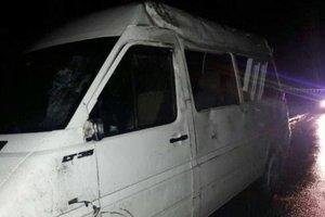 Во Львовской области перевернулся микроавтобус с пассажирами
