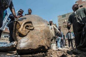В Каире откопали статую Рамзеса Второго весом в четыре тонны