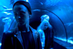 Артем Пивоваров представил клип о людях-альбиносах