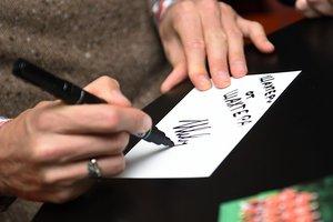 """В воскресенье в Харькове один из футболистов """"Шахтера"""" раздаст автографы всем желающим"""
