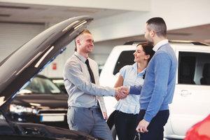 В Украине растут продажи автомобилей: какие машины и за сколько покупают украинцы