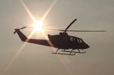 """""""Служебный транспорт"""": в центре Чернигова вертолет сел, чтобы """"подобрать"""" генерала"""