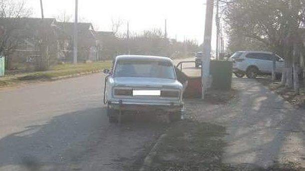 Пьяный водитель сбил двух девушек с коляской, фото ГУ Нацполиции в Николаевской области
