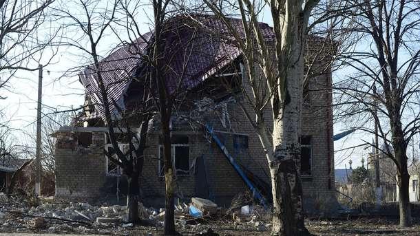 Появилось видео удара помногоэтажке— Боевики обстреливают Авдеевку