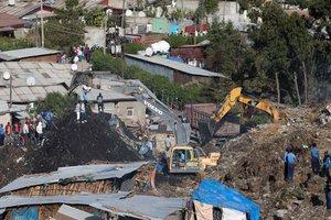 В Эфиопии произошел оползень на мусорной свалке: 35 погибших, десятки пропали без вести