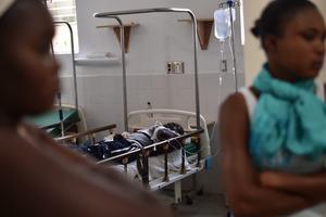 Наезд автобуса на толпу в Гаити: появилось первое видео