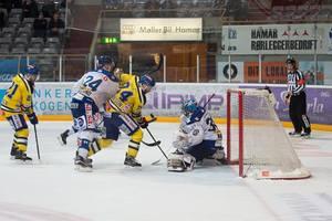 В Норвегии сыгран самый продолжительный матч в истории хоккея - восемь овертаймов