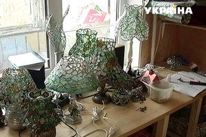 Одесситка создает невероятные изделия из морского стекла