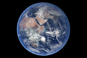 Ученые назвали максимально похожий на древнюю Землю спутник планеты