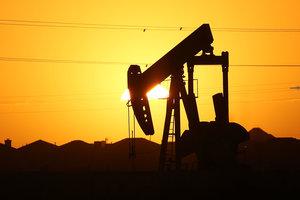 Нефть дорожает на новостях из США