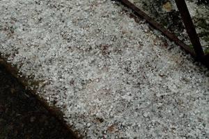 В Киеве прошел снежный град