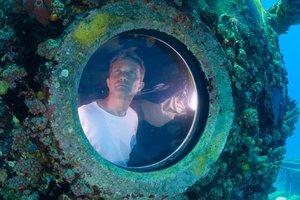 Внук Жака Кусто высаживает в океане кораллы, распечатанные на 3D-принтере