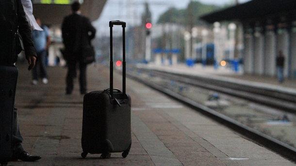 «Укрзализныця» прибавила три поезда взападном направлении навесенние каникулы