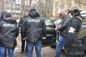 На взятке поймали чиновника Черновицкого горсовета