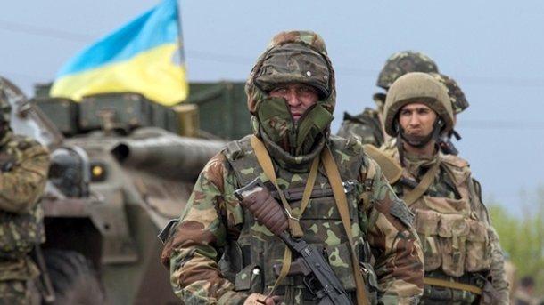 Боевики засутки 85 раз обстреляли украинские позиции, ранены 5 военнослужащих,— штаб