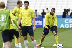 Сборная Украины улетела в Австрию готовиться к матчу против Хорватии