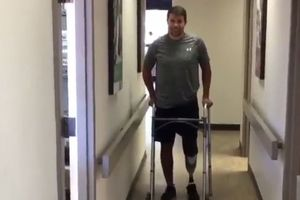 Канадскому хоккеисту ампутировали ногу после сердечного приступа